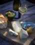 """Restaurant, Bistro """"Zum Schwan Wachtendonk"""" - Fotografie von Speisen - Käseplatte mit Wein und Oliven"""