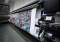 Werbedisplays Großformatdruck und großformatigen Fotokunstdruck hinter Plexiglas realisiert das Fotolabor Grieger bis 500x240cm nahtlos