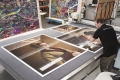 Fotolabor Grieger Düsseldorf: großformatige Fotokunst und digitale Großformatdrucke hinter Acrylglas auf den Bruchteil eines Millimeters fräsen.