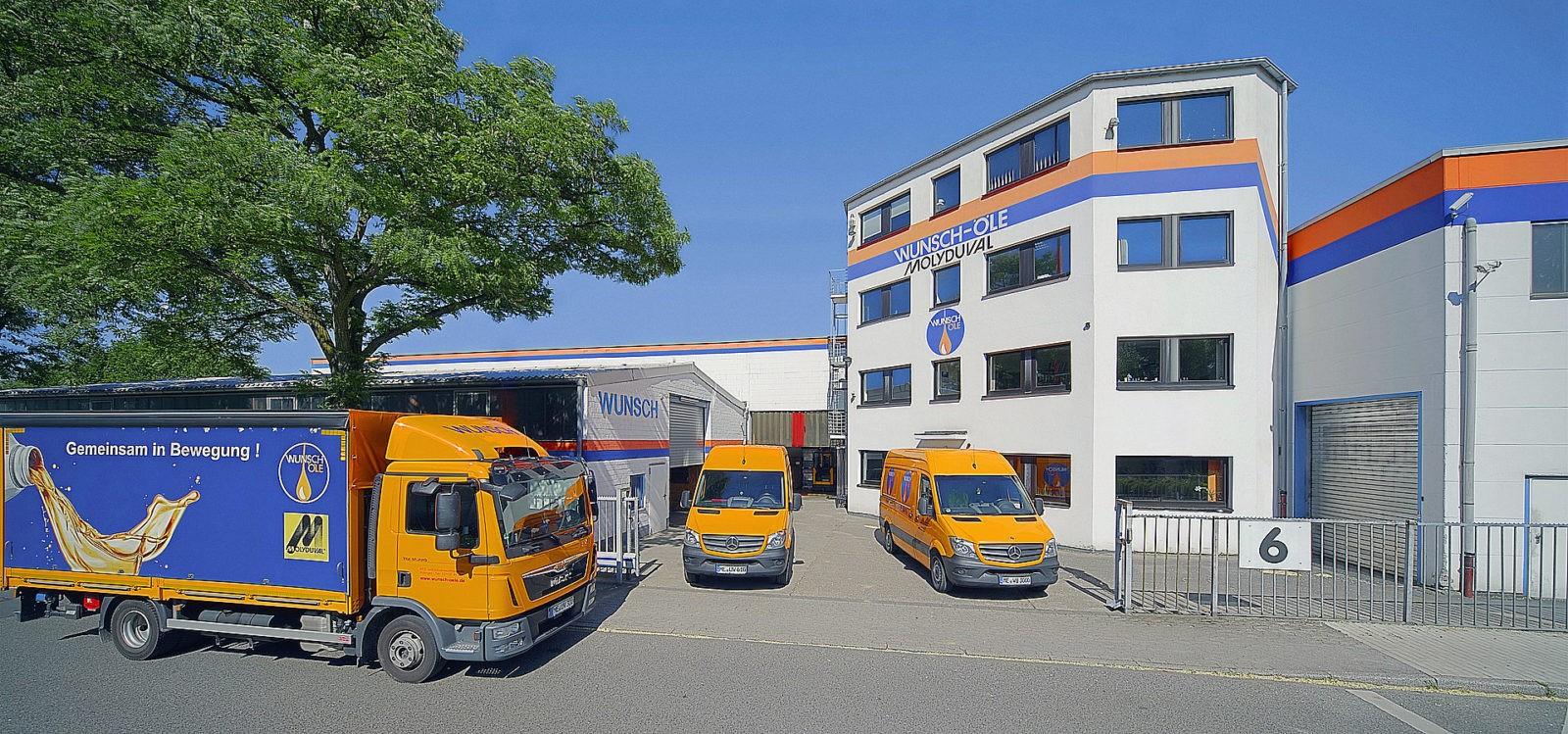 Enfassung nach der Retusche: Firmensitz der Wunsch Öle GmbH in Ratingen, störende Objekte wurde durch die Bildbearbeitung entfernt